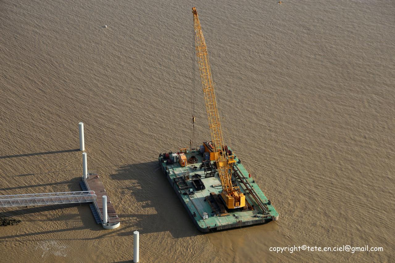 Complètement barge