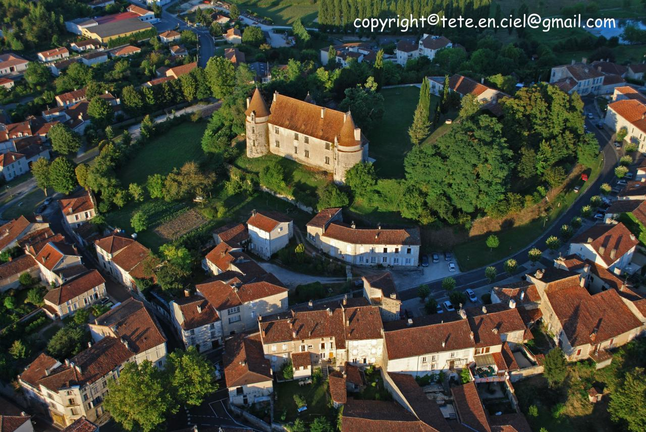 Montmoreau Saint Cybard 1