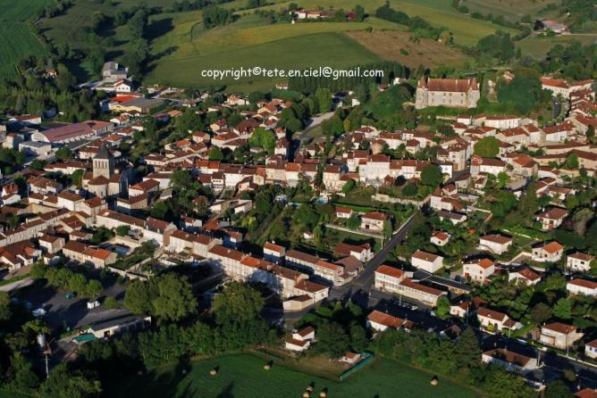 Montmoreau Saint Cybard 4