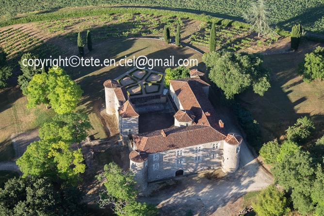 Château de Pujos à Roquebrune